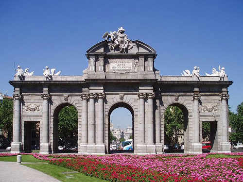 Porte d Alcalà Madrid