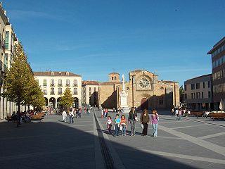 Vieille ville d'Avila avec ses églises extra-muros