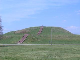 Site historique d'Etat des Cahokia Mounds