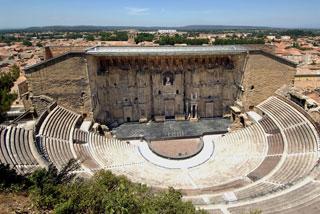Théâtre antique et ses abords et Arc de Triomphe d'Orange