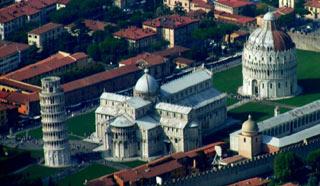 Piazza del Duomo à Pise