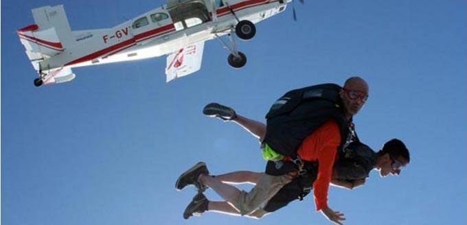 Chute libre, parachutisme