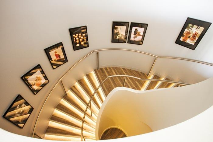 Escalier retro-éclairé