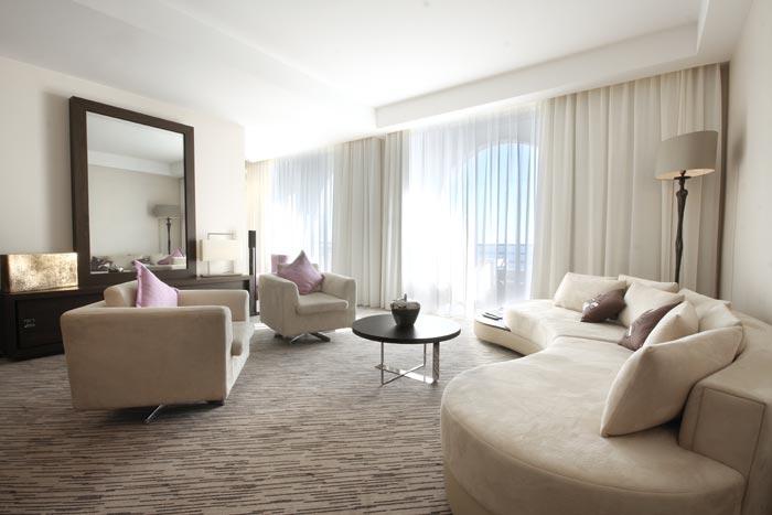 Salon Sky Suite