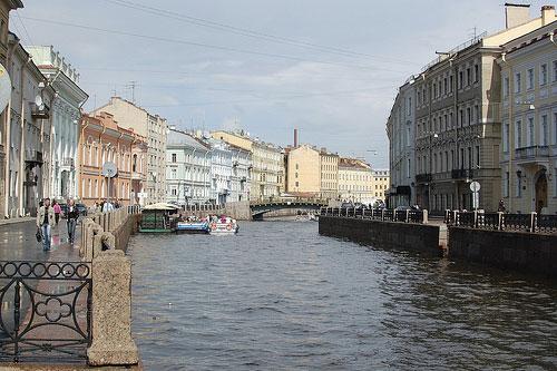 Visiter Saint-Petersbourg