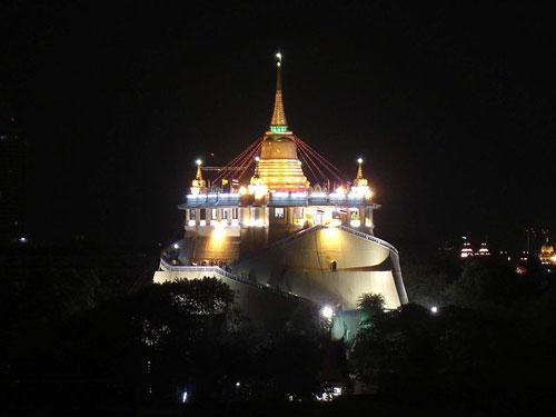 Temple Wat Saket Bangkok